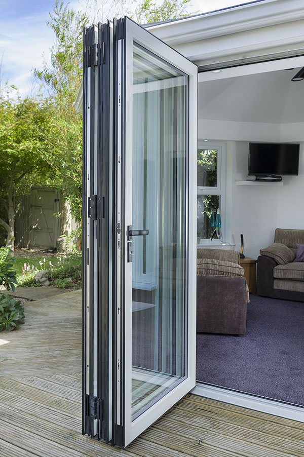 warmcore-aluminium-doors-bifold-northumberland-tyne-and-wear