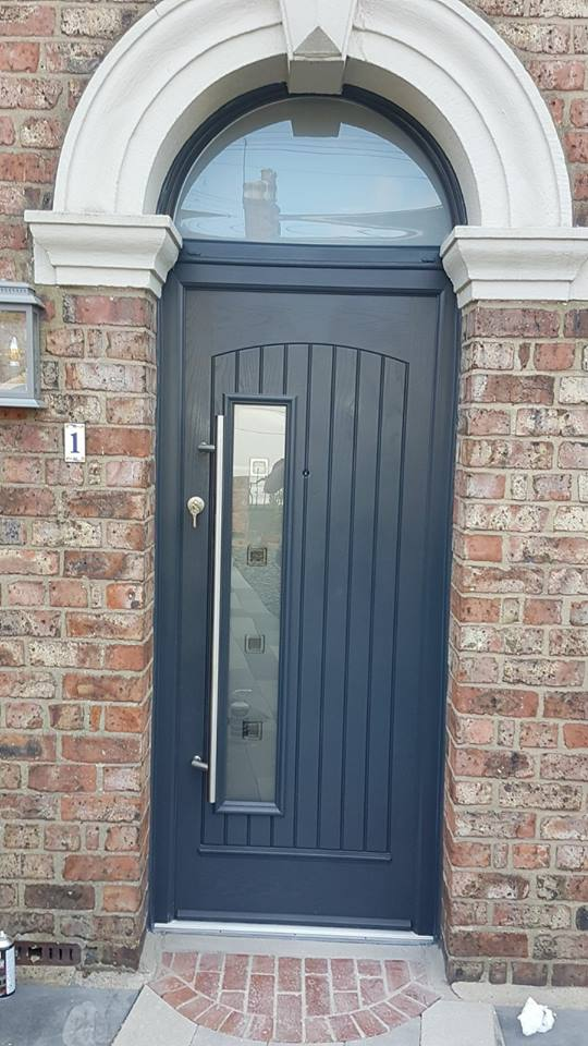 Composite door in blyth glass side panel excel north east for Front door north tyneside